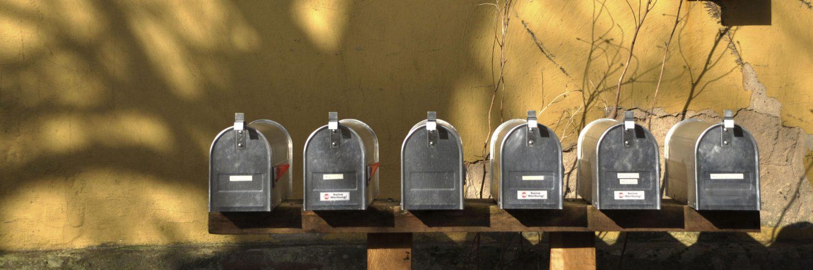 Gutshaus Briefkästen